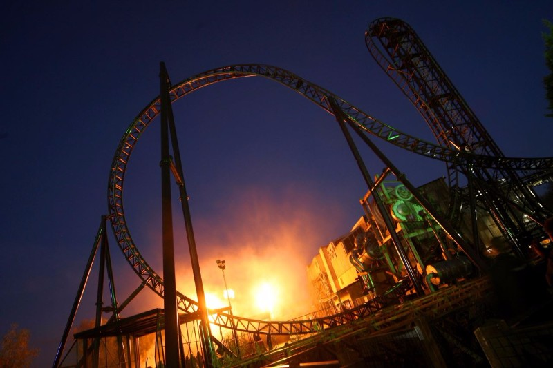 Saw-Ride-in-the-Dark-Thorpe-Park
