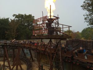 Chessington World of Adventures Resort - The Scorpion Express