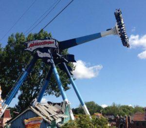 Maelstrom - Drayton Manor Theme Park