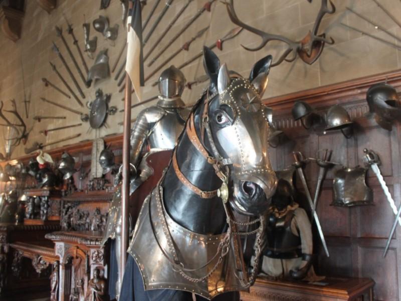 Warwick-Castle-Armour