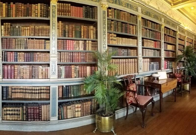 Warwick-Castle-Library
