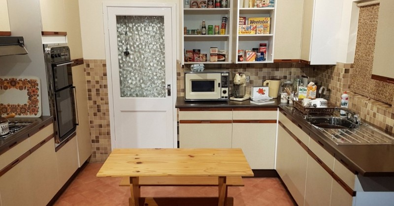 York-Castle-Museum-The-Sixties-Kitchen