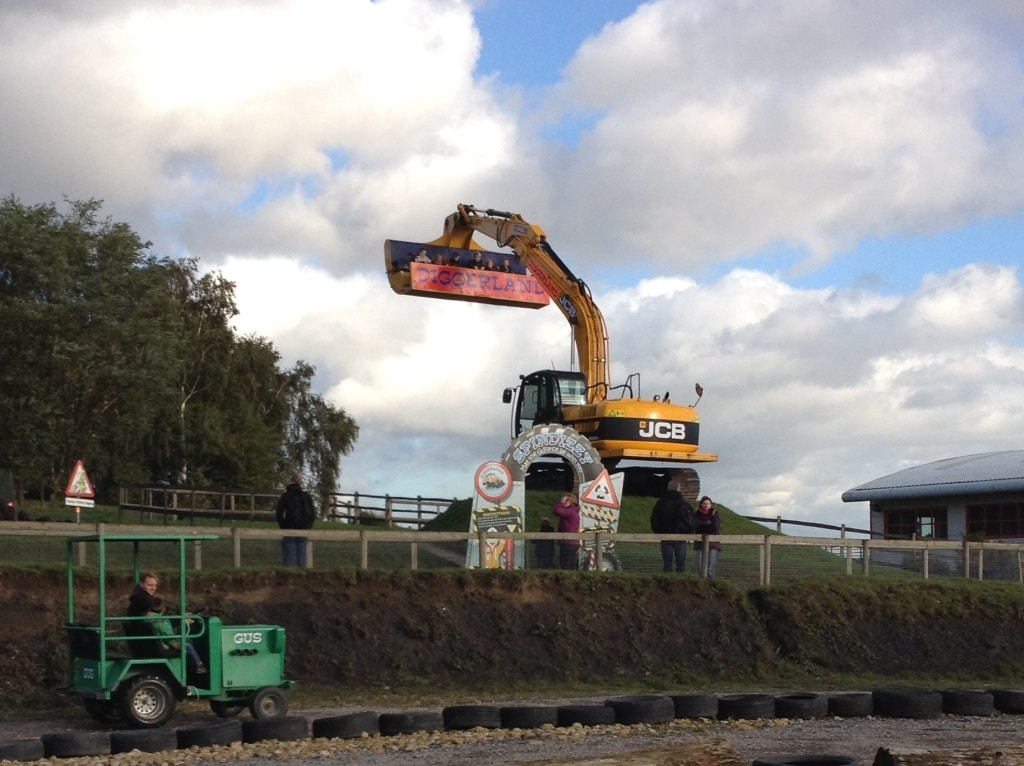 Diggerland Yorkshire - Tractor Ride