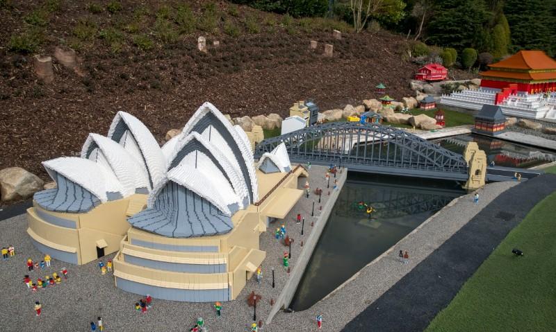 LEGOLAND-Windsor-Resort-Miniland-Sydney-Opera-House